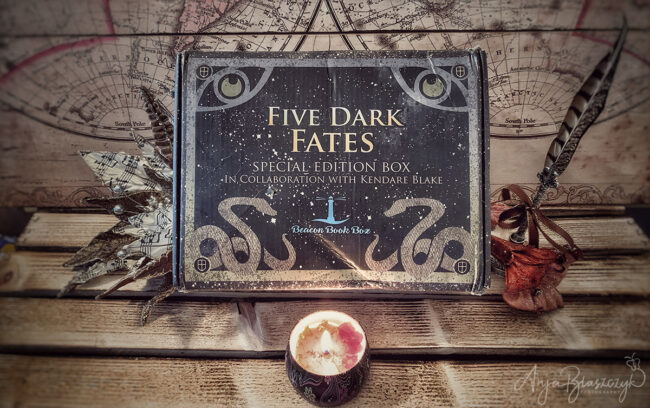 Beacon Book Box - Five Dark Fates